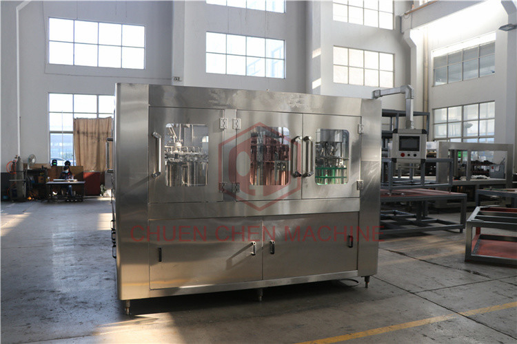 Gravity Hot Juice Filling Machine 3 In 1 Rotary Liquid Filling Machine
